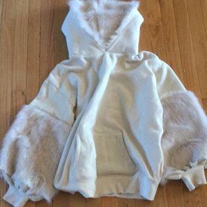Express fur hoodie